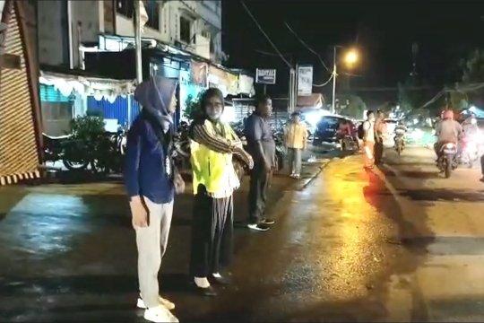 Pemuda Muslim amankan ibadah Natal di Jayapura