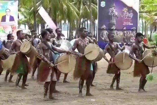 Festival Suling Tambur angkat potensi wisata budaya Raja Ampat