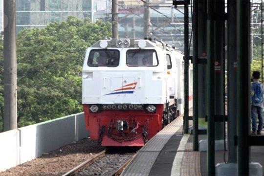 Libur Nataru, kereta api masih menjadi transportasi favorit