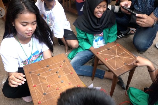 Permainan tradisional ajarkan nilai pancasila