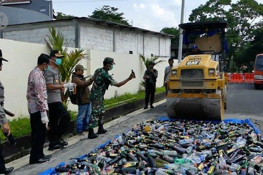 Polres Temanggung musnahkan 3.600 botol miras