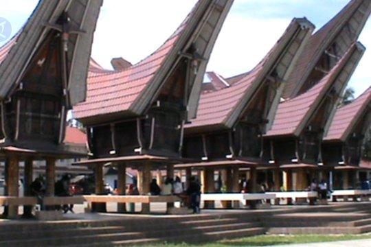 Tongkonan Toraja, simbol kehidupan sosial