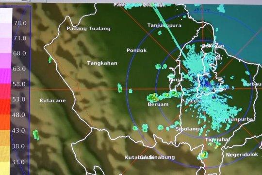 Hujan disertai petir diperkirakan dominasi Sumut hingga akhir tahun