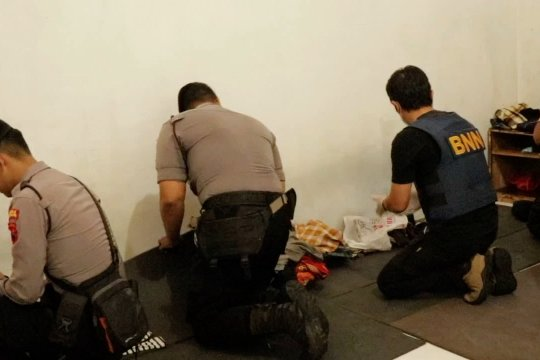 Petugas gelar razia narkoba di Rutan Temanggung