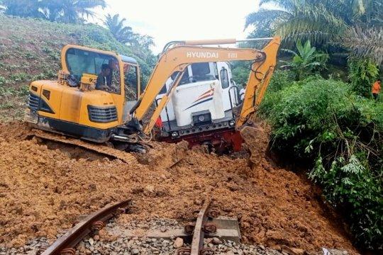 Rute Kereta Api Medan Siantar ditutup akibat banjir
