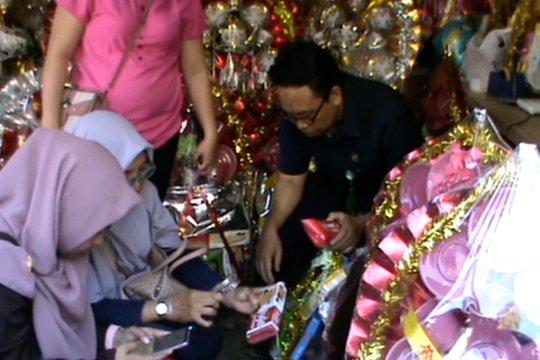 BBPOM Makassar sidak toko parcel jelang Natal