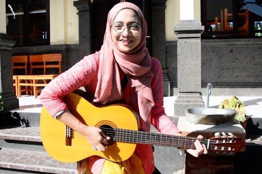 Keterlibatan Chiki Fawzi di kegiatan RUBI