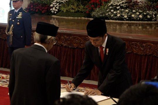 Presiden Jokowi lantik Dewan Pengawas KPK