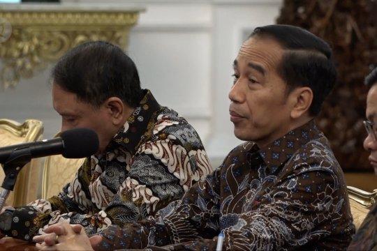Presiden Jokowi terima kunjungan Iwan Bule