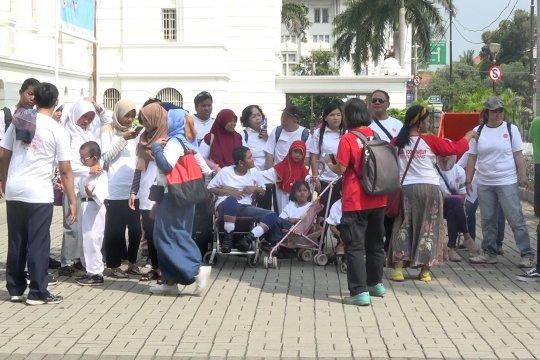 Wisata transportasi umum spesial untuk penyandang disabilitas