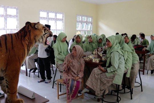 BKSDA Aceh edukasi siswa tak pelihara satwa dan flora dilindungi