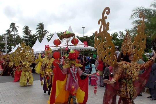 Promosikan potensi wisata melalui kostum karnaval