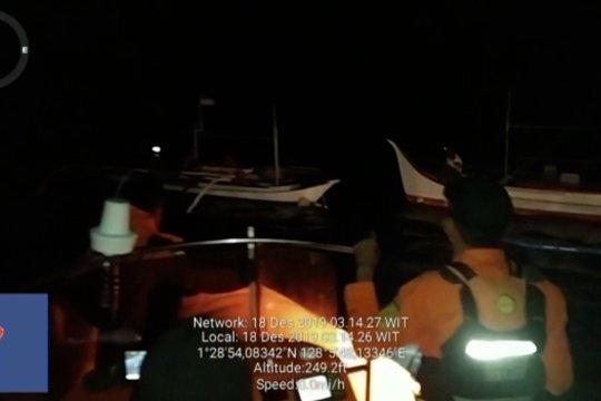 Tim SAR evakuasi nelayan tenggelam di Laut Halmahera Utara