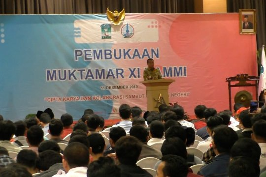 Menpora tantang kaum muda memajukan bangsa