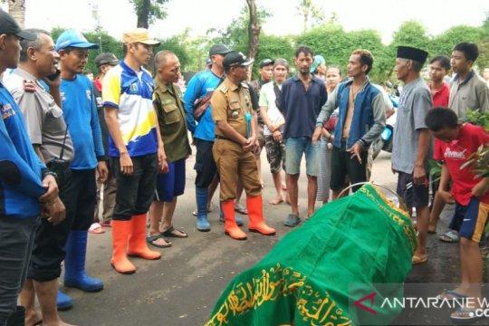 Dua warga ditemukan tewas terseret banjir di Jakarta Barat