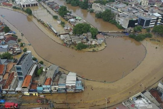 Kominfo minta operator seluler atasi koneksi yang terganggu banjir