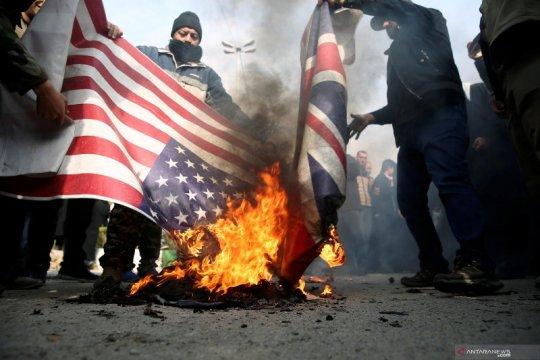 Warga AS turun ke jalan kecam serangan udara di Irak