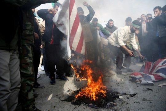 Inggris peringatkan warganya tidak bepergian ke Irak dan Iran