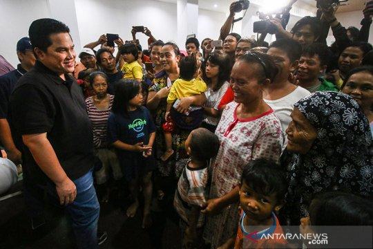 Kemarin, curhat korban banjir ke Menteri hingga Bank Sumut bersiap IPO