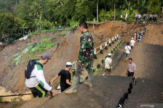 21 jembatan di Lebak akan dibangun setelah tanggap darurat