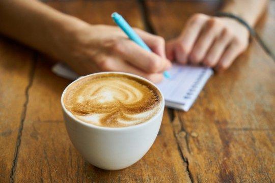 Mampukah minum kopi turunkan risiko demensia?