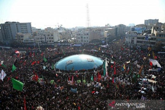 Ribuan orang hadiri prosesi pemakaman Qassem Soleimani