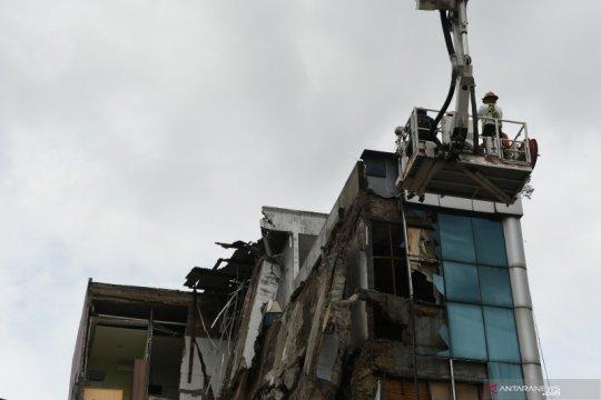 Polisi periksa lima saksi terkait gedung ambruk di Palmerah