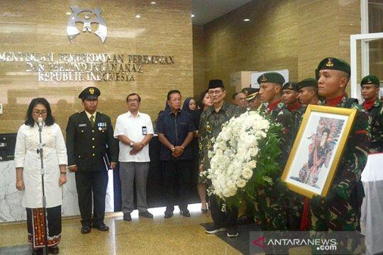 Menteri PPPA lepas jenazah Mien Sugandhi ke makam pahlawan Kalibata