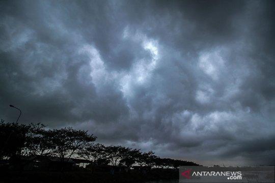 Kecepatan angin di wilayah NTT capai 56 km/perjam