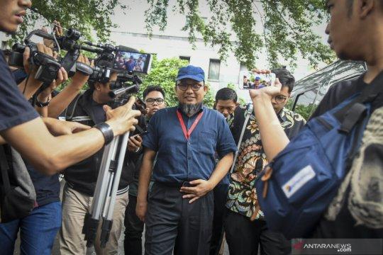 Novel Baswedan tinggalkan Polda Metro Jaya usai diperiksa sebagai saksi