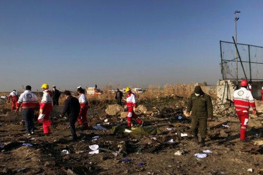 Pengantin baru warga Kanada jadi  korban kecelakaan pesawat di Iran