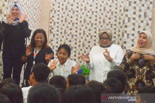 Menteri PPPA kunjungi korban banjir Kampung Pulo Jakarta Timur