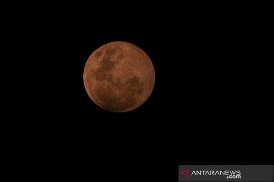 Astronom: Pengamatan gerhana bulan penumbra butuh bantuan alat