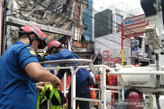 Polisi giliran panggil pejabat publik terkait gedung roboh di Slipi