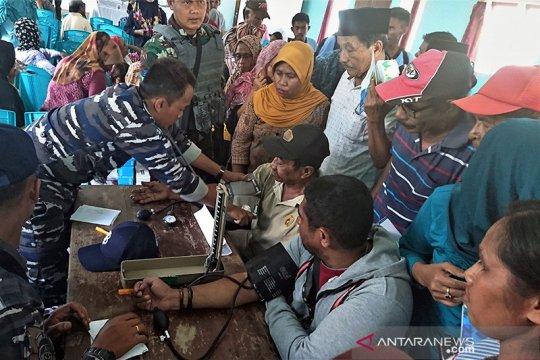 Cegah abrasi, warga Buru Selatan harapkan talud pemecah ombak tuntas