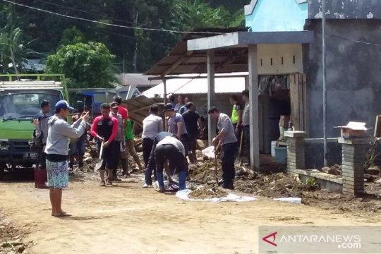 Dinkes Sangihe buka posko kesehatan 24 jam di lokasi bencana
