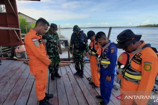 Tim SAR gabungan Asmat kembali cari korban perahu tenggelam