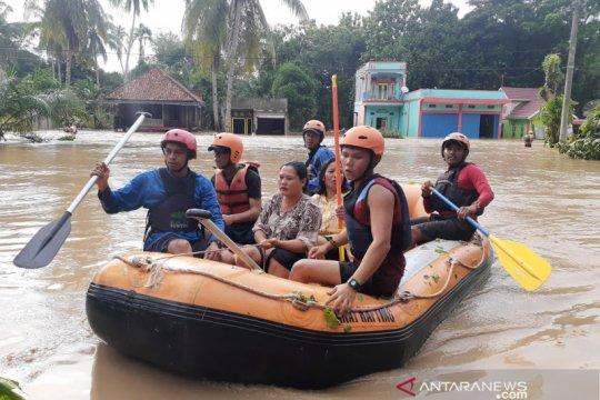 Banjir bandang di Kikim Timur Kabupaten Lahat