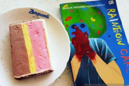 "Penulis novel ""Rainbow Cake"" siap berbagi pengalaman di Surabaya"