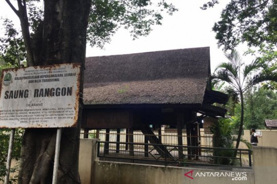 Diyakini peninggalan wali, Pemkab Bekasi diminta peduli Saung Ranggon