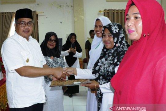 Aceh Barat kembalikan bidan ke desa turunkan angka kematian ibu hamil