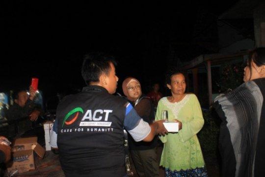 Korban banjir di Sindangjaya mendapat bantuan ACT-MRI Brebes