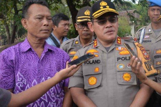 Polisi kejar empat pelaku curas terhadap pedagang roti di Cirebon
