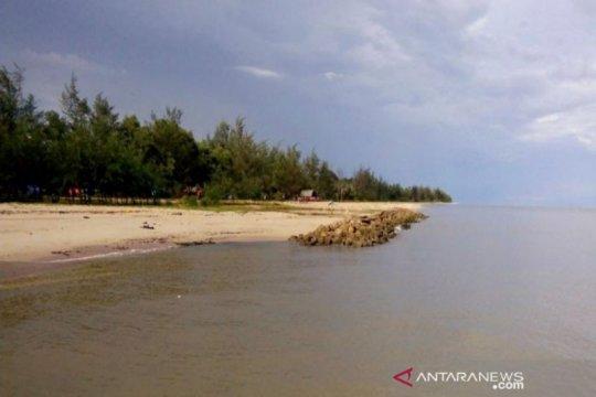 Pemkab Sukamara berupaya lakukan pencegahan meluasnya abrasi pantai