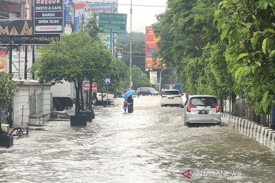 """Kemarin, Kediri bangun kampung tangguh hingga PSBB di """"Surabaya Raya"""""""