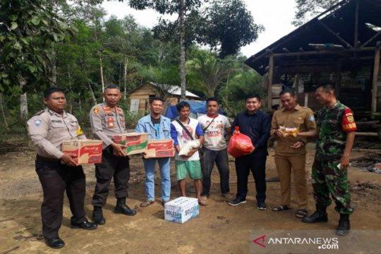 Polres Bangka Barat salurkan bantuan korban angin kencang