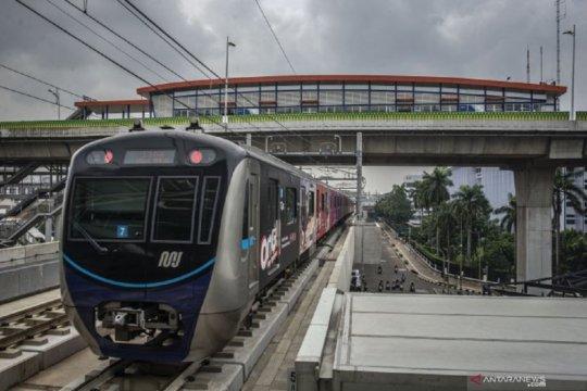 Tahun perdana MRT Jakarta di mata selebritas