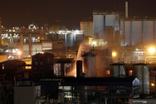 Kebakaran pabrik kimia di Spanyol
