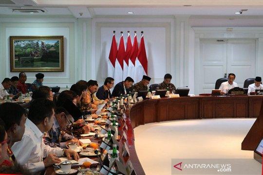 """Presiden Jokowi minta """"omnibus law"""" selesai sebelum 100 hari kerja"""
