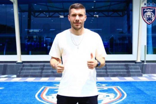 Tiba di Johor, Lukas Podolski akan gabung klub Malaysia?